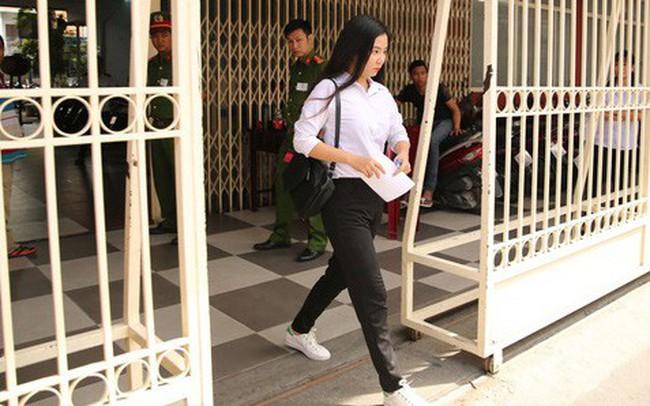 Môn Văn: Nhiều thí sinh ra sớm, nhận xét đề không quá khó