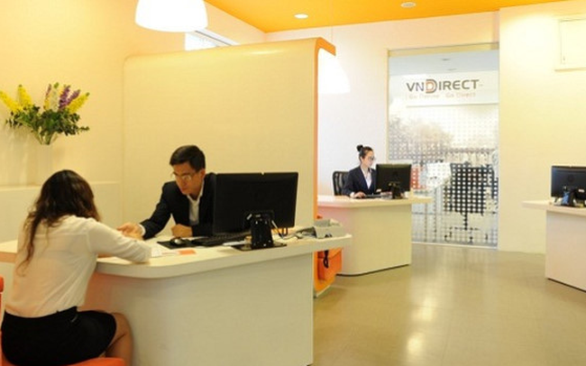 """Lãnh đạo """"quăng phao"""" vẫn không cứu được đà giảm giá cổ phiếu VnDirect"""