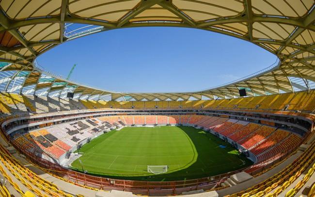 """World Cup đi qua, nỗi đau ở lại: Sân vận động 300 triệu USD trở thành """"đồ thừa"""" sau 4 trận đấu"""