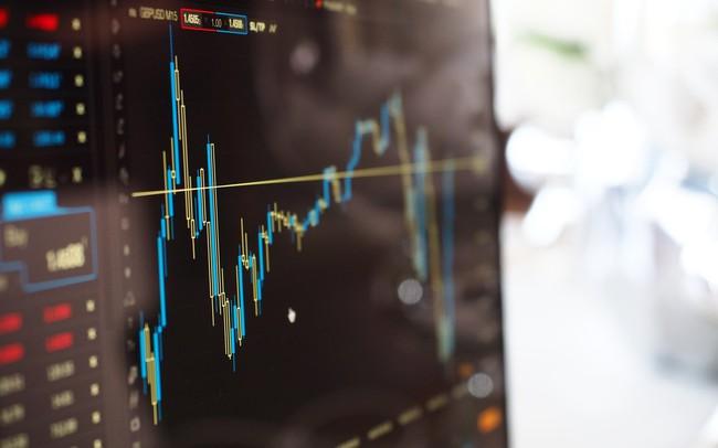 """Trên thị trường đầy may rủi, liệu các cổ phiếu """"máu mặt"""" có phải là những """"cái bẫy""""?"""