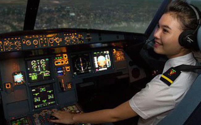 Mỗi giờ làm việc trên không, phi công Vietnam Airlines được trả bao nhiêu tiền?