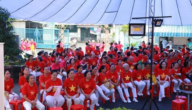 Sài Gòn Thiên Phúc chăm lo tinh thần cho người cao tuổi
