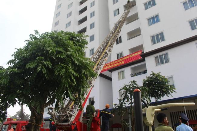 Thái Nguyên: Diễn tập phương án phòng cháy chữa cháy tại chung cư Tiến Bộ