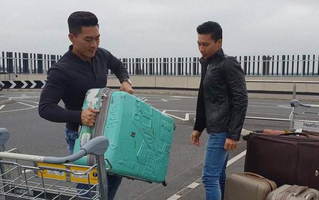 Anh em Quốc Cơ - Quốc Nghiệp đã rời Anh, sẽ về tới Việt Nam vào tối nay!