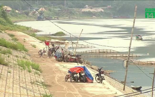 Vì sao người dân sống dưới đập xả thủy điện không muốn di dời?