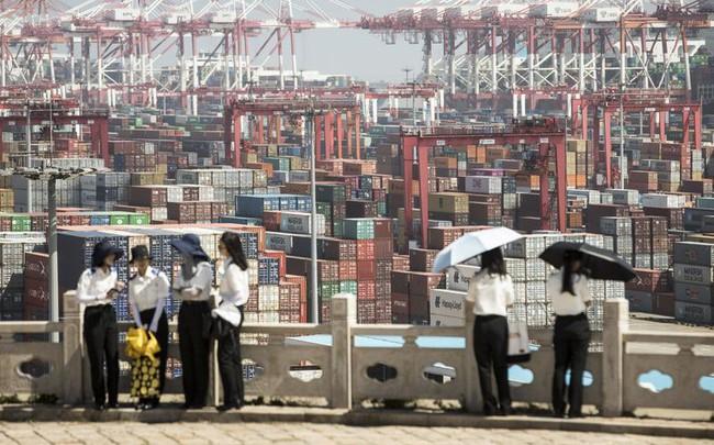Chứng khoán châu Á chìm trong sắc đỏ vì nỗi lo chiến tranh thương mại - ảnh 1