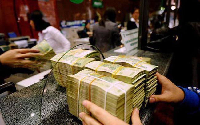Dân cư và doanh nghiệp đang gửi bao nhiêu tiền vào ngân hàng? - ảnh 1