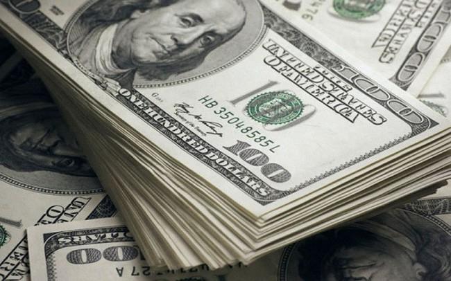 Giá USD tiếp tục được đẩy lên cao