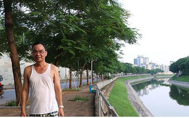 """Sông Tô Lịch """"hồi sinh"""" sau những ngày Hà Nội mưa lớn"""
