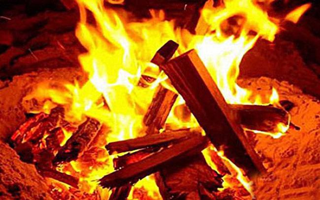 Tỷ giá VND/USD tăng, những doanh nghiệp nào như ngồi trên lửa?