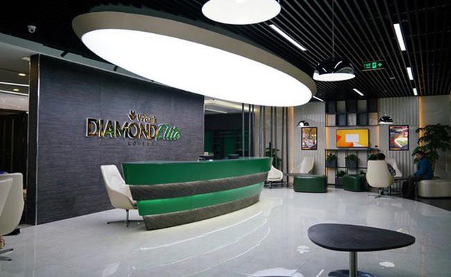 Tầng lớp người giàu tăng nhanh, các ngân hàng đua nhau hút khách VIP