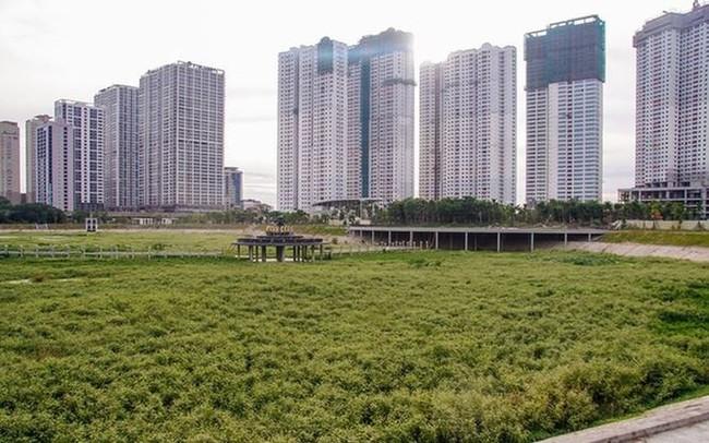 Các dự án công viên, hồ điều hòa Hà Nội ngổn ngang dưới nắng 40 độ