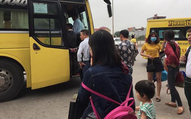 Clip 'xe vua' lộng hành tuyến Hà Nội – Sapa