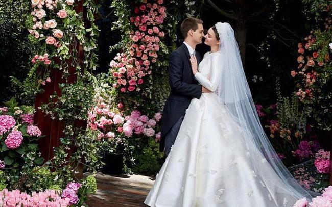 Cuộc sống đáng ghen tị của tỷ phú trẻ Evan Spiegel: Con nhà giàu vượt... sướng