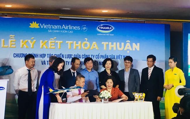 Vinamilk và Vietnam Airlines ký kết hợp tác chiến lược 5 năm, mục tiêu tổng giá trị hợp tác tăng trưởng 10%/năm