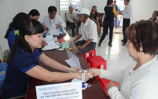 Bộ Lao động đề xuất cấp bù 12% lương hưu cho lao động nữ