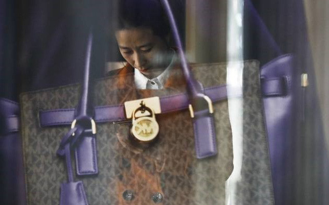 Giới trẻ nghiện dùng thẻ tín dụng, Trung Quốc lo ngại những hệ lụy từ khối nợ khổng lồ
