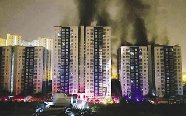 Vụ cháy ở Sài Gòn làm 13 người chết: Khởi tố trưởng ban quản lý chung cư Carina