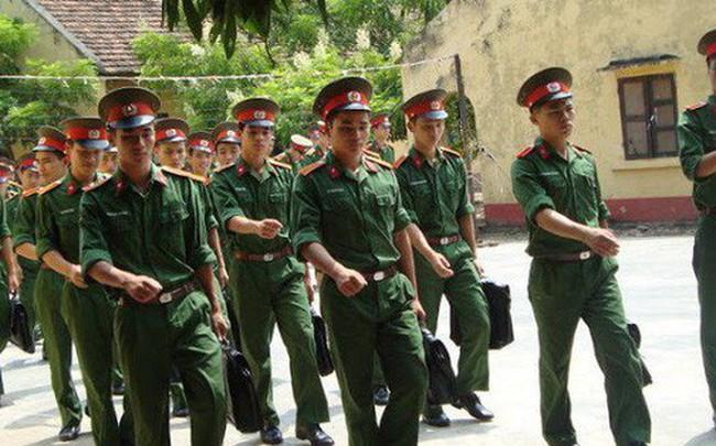 Thủ khoa, Á khoa Học viện Hậu cần hệ quân sự đều là thí sinh ở Hòa Bình