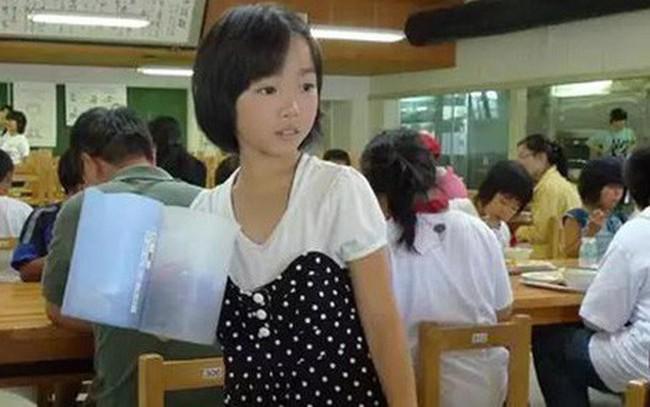 """Chuyện giáo dục ở Nhật Bản: Chỉ một bữa trưa của học sinh tiểu học đã cho thấy người Nhật bỏ xa thế giới ở lĩnh vực """"trồng người"""" như thế nào"""