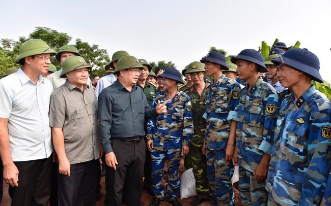 Phó Thủ tướng: Tuyệt đối không chủ quan khi ứng phó với Bão số 6