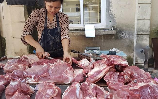 """Dịch tả lợn Châu Phi chưa vào, trang trại đã """"ghim hàng"""", giá thịt lợn """"phi mã"""" - ảnh 1"""