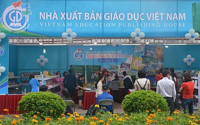 """[Chân dung doanh nghiệp] """"Vị thế"""" của Nhà Xuất bản Giáo dục Việt Nam bị thay đổi như thế nào?"""