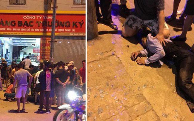 Danh tính 3 đối tượng đi ôtô, táo tợn dùng vũ khí cướp tiệm vàng ở TP Sơn La
