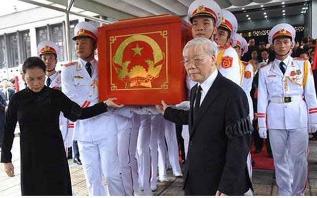 Trực tiếp: Đưa linh cữu Chủ tịch nước Trần Đại Quang về quê nhà