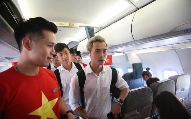 """Chuyện """"bí mật"""" đặc biệt sau giờ G mới kể của tiếp viên hàng không trên chuyến chuyên cơ đón đoàn Thể thao Việt Nam ngày 2/9"""