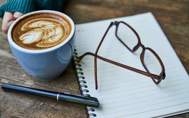 5 bước uống cà phê đúng cách, giúp kích thích năng lượng sáng tạo và tăng năng suất làm việc hiệu quả
