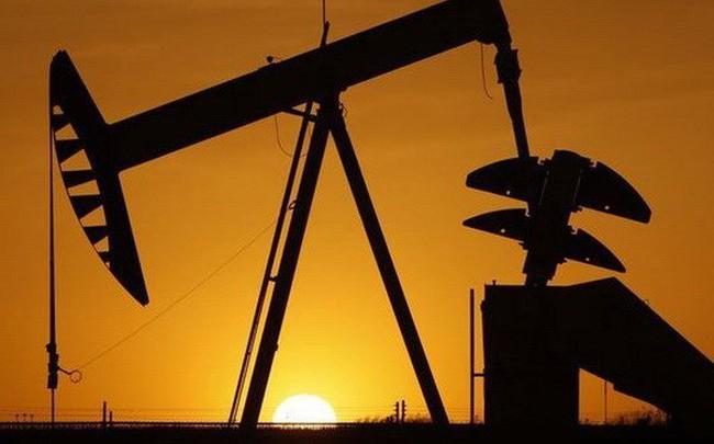 Thị trường ngày 7/9: Giá dầu giảm tiếp, cao su thấp nhất 1,5 tháng
