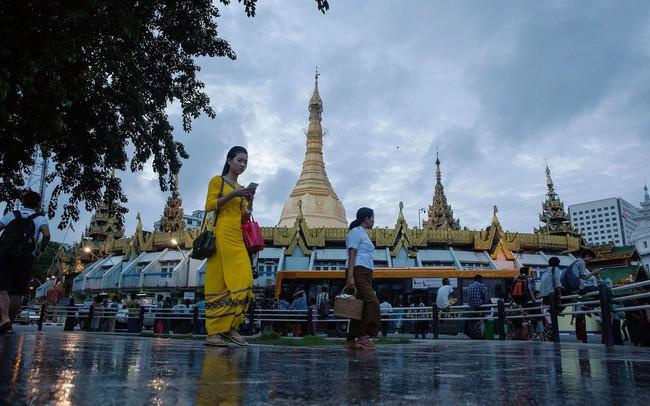 Cách mạng 4.0 xoay quanh những chiếc smartphone ở Myanmar