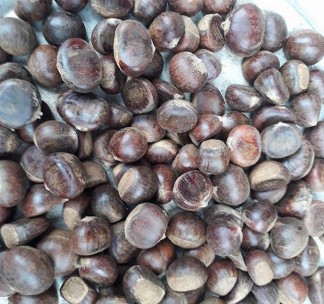 50.000 đồng/kg, hạt dẻ Trung Quốc 'đội lốt' hạt dẻ Trùng Khánh