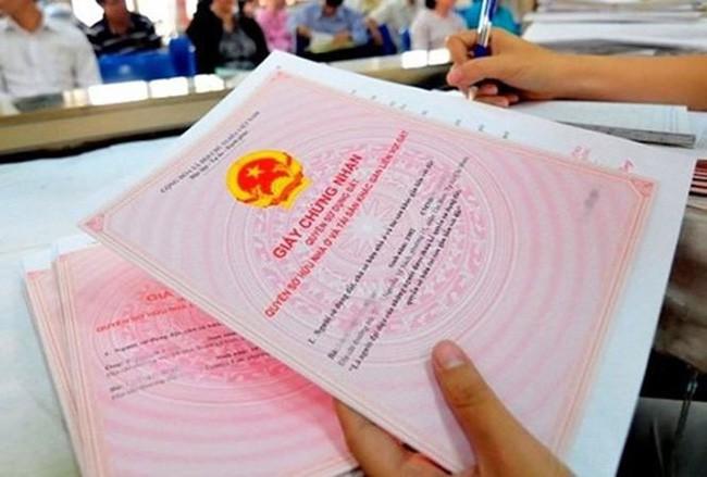 Phó Thủ tướng chỉ đạo về việc sổ đỏ ghi tên cả gia đình