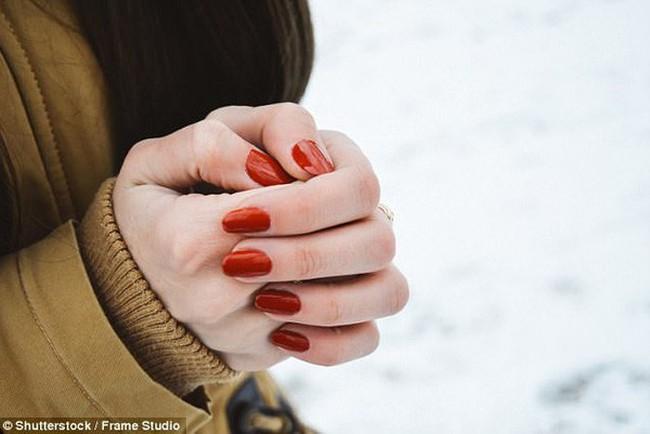 Đây là 6 mẹo khoa học giúp giữ ấm chân tay trong mùa đông giá lạnh