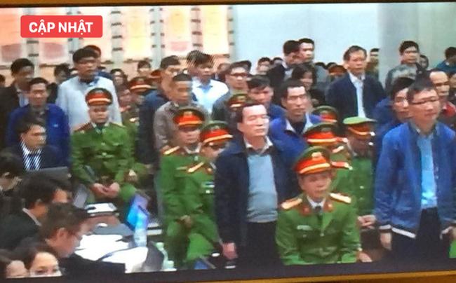 Xét xử ông Đinh La Thăng, Trịnh Xuân Thanh và đồng phạm: Các bị cáo được đưa trở lại phòng xử
