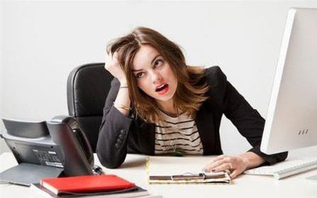 Đôi khi, áp lực công việc khiến ta khủng hoảng, mất phương hướng. Làm theo hai bước dưới đây sẽ giúp bạn vơi đi được phần nào tình trạng đó