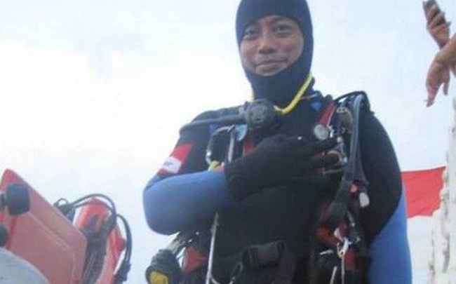 Thợ lặn tử vong khi tìm kiếm máy bay Lion Air