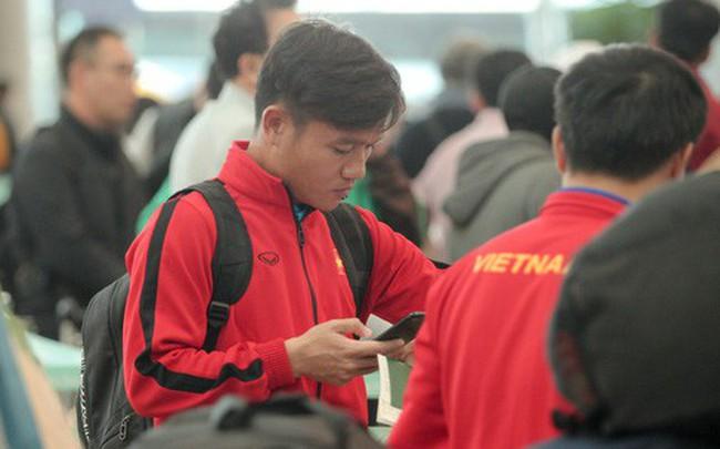 Quả bóng vàng Việt Nam rơi nước mắt, từ giã ĐT Việt Nam sau khi bị loại trước thềm AFF Cup 2018