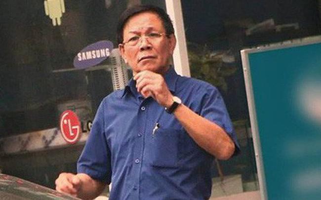 Cựu Trung tướng Phan Văn Vĩnh bị cảnh sát áp giải về trại giam - ảnh 1