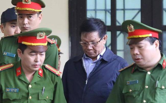 Cựu tướng Phan Văn Vĩnh từ chối quyền công bố bản án lên mạng