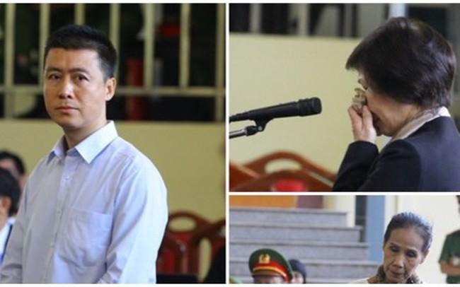 Phan Sào Nam và dì ruột Phan Thu Hương cùng khóc khi nhắc đến gia đình