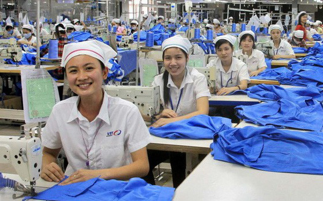 Nikkei: Doanh nghiệp dệt may tại Trung Quốc dịch chuyển mạnh mẽ sang Việt Nam và Bangladesh