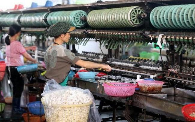Việt Nam hưởng lợi lớn từ chiến tranh thương mại: Bây giờ hay bao giờ?