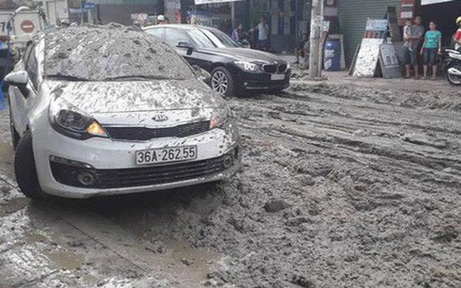 Trích xuất camera truy tìm xe ben làm rơi sình đất khiến nhiều ô tô, xe máy gặp nạn ở Sài Gòn
