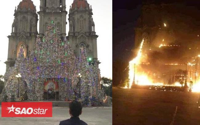 Cháy lớn khu vực trang trí Giáng sinh tại nhà thờ ở Nam Định