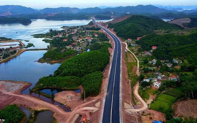 Cận cảnh cao tốc 12.000 tỉ kết nối với sân bay Vân Đồn