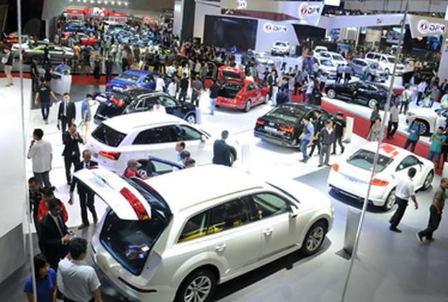 Ông lớn nào sẽ dẫn đầu thị trường xe sang năm 2018?