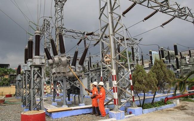 World Bank: EVN, PVN dù vẫn giữ vai trò quan trọng, nhưng phần lớn đầu tư mới vào ngành điện, khí sẽ phải đến từ khu vực tư nhân - ảnh 1